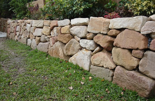 Hand Placed Sandstone Rock Retaining