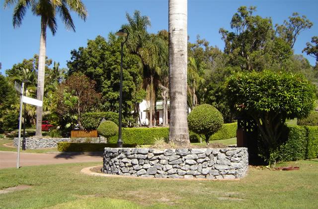 Stone Masonry Retaining Walls