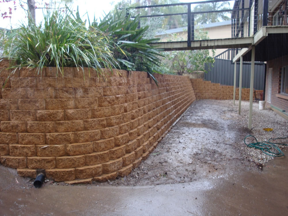 Australian Retaining Walls Diamond Block Retaining Wall