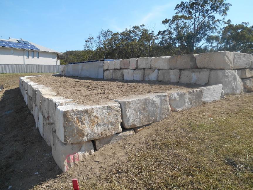 Cut Sandstone Blocks : Australian retaining walls reedy creek b grade cut