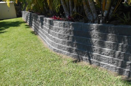 Flush Face Garden Wall Concrete Blocks - Tallai Gold Coast - Australian Retaining Walls 1