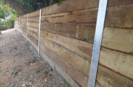 "Hardwood Sleepers with galvanised steel ""H Beam"" posts - Mudgeeraba - Australian Retaining Walls 2"